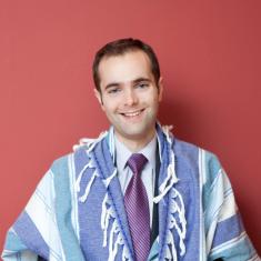 Cantor Joshua Breitzer