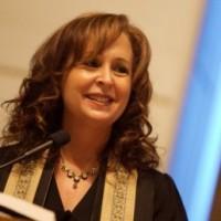 Cantor Lisa Segal